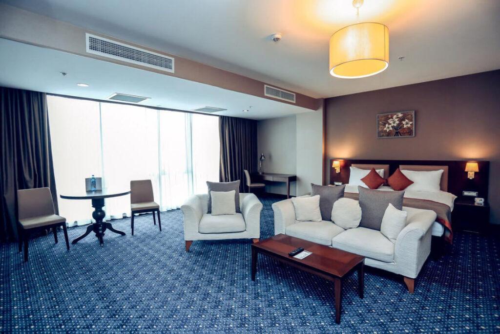 داخل سوئیت های هتل استی بریج سوئیت باکو