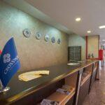 رسپشن هتل کراس وی باکو