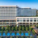 استخر روباز در هتل رامادا ترابزون
